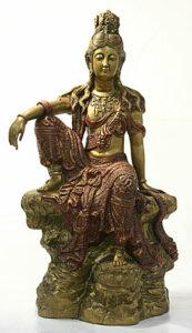 statue of Kuan Lin